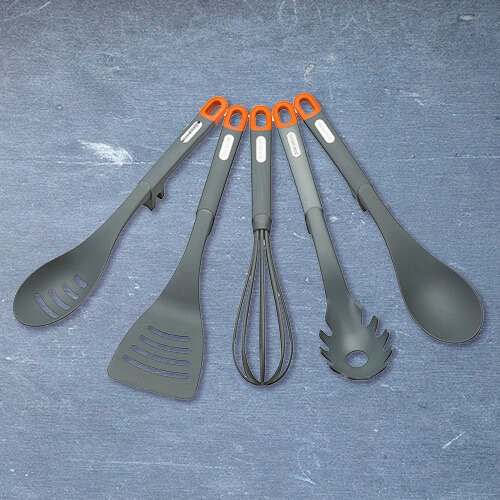Joe-Wicks-Utensils-Section-Front
