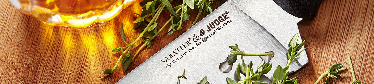 Judge Sabatier IP Knives