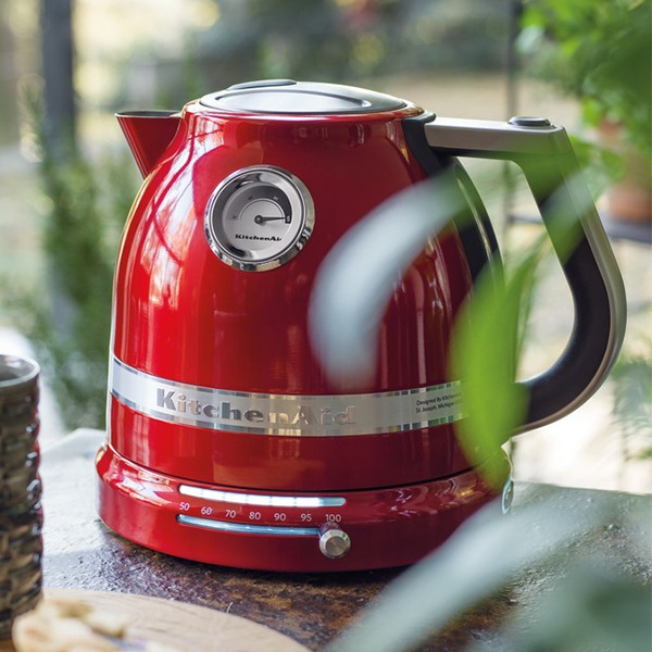 Kettles and Toasters | KitchenAid | Harts of Stur