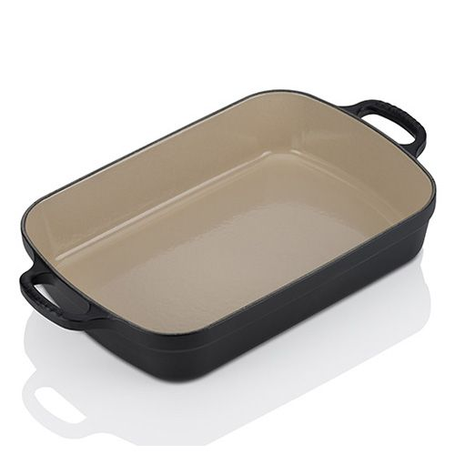 Le Creuset Signature Satin Black Cast Iron 33cm Rectangular Roaster