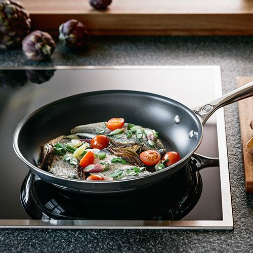 Le Creuset Signature 3-Ply Stainless Steel Non-Stick 20cm Frying Pan