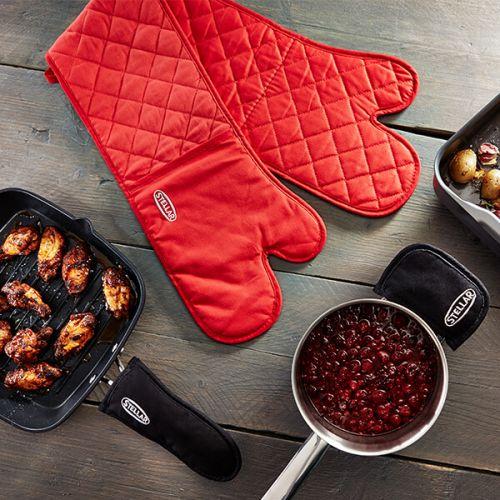 Stellar Red Double Oven Glove