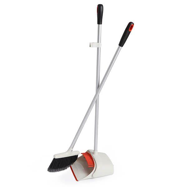 OXO Good Grips Upright Sweep Set