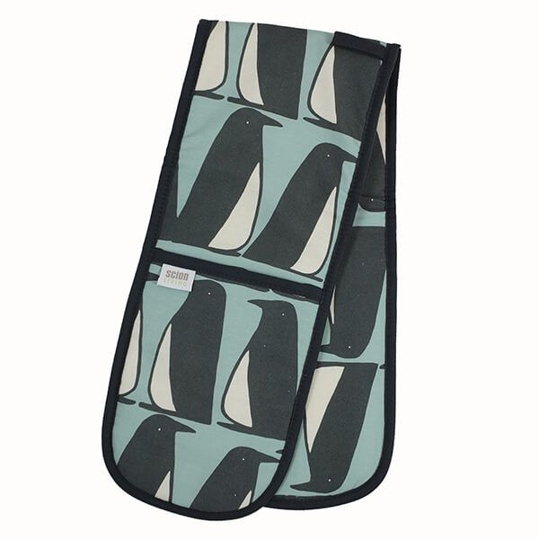 Scion Living Pedro Penguin Double Oven Glove