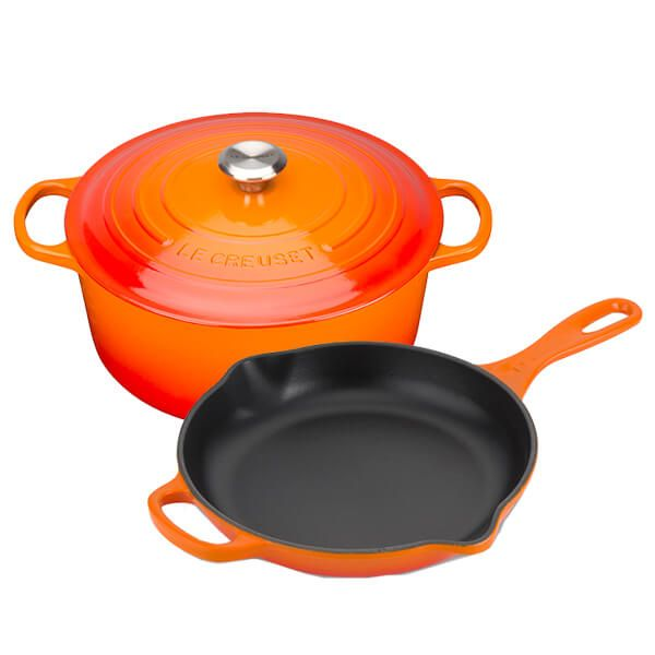 Le Creuset Signature Volcanic Cast Iron 24cm Round Casserole With FREE Gift
