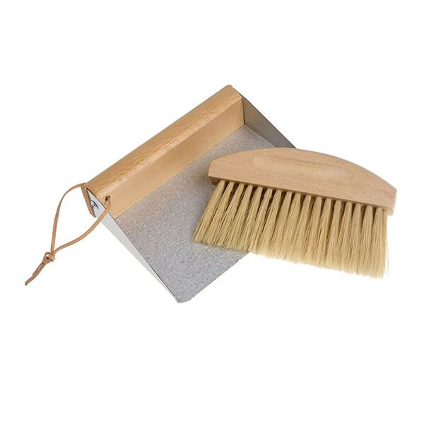 Valet Table Dust Pan And Brush 16 x 13.5 x 4cm