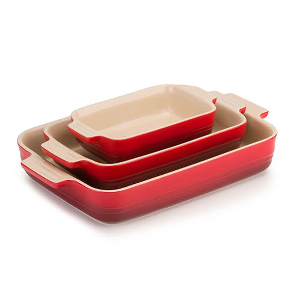 Le Creuset 3 Piece Cerise Stoneware Set Black Friday 2019