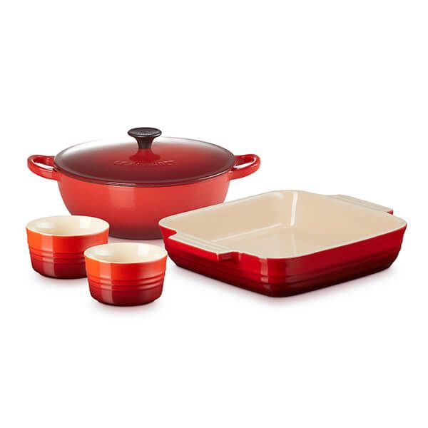 Le Creuset Cerise 22cm Classic Cast Iron Soup Pot / 23cm Classic Stoneware Square Dish and Set of 2 Classic Ramekins