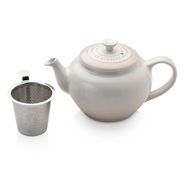 Le Creuset Meringue Petite Teapot with Stainless Steel Infuser