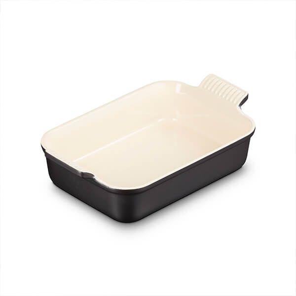 Le Creuset Matte Black Stoneware Medium 26cm Heritage Rectangular Dish