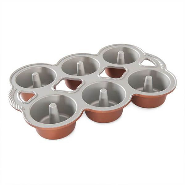 Nordic Ware Mini Angel Food Cakelets Pan