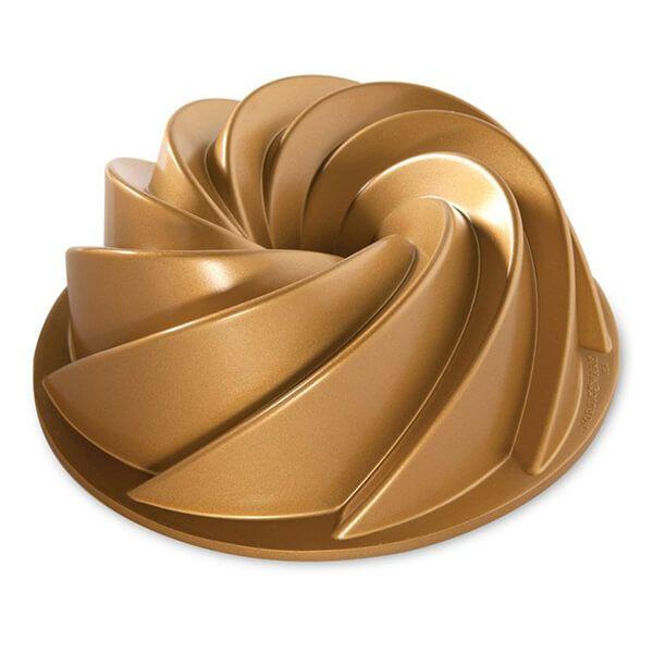 Nordic Ware Heritage Bundt Pan Gold
