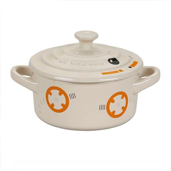 Le Creuset Star Wars BB8 Petite Round Casserole Creme