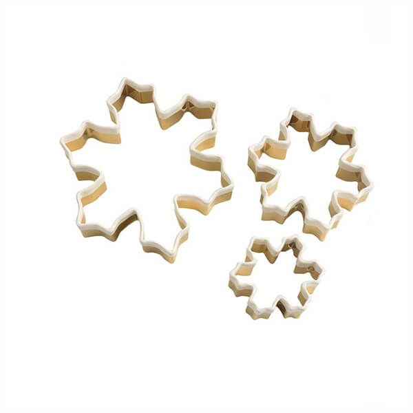 Eddingtons Set of 3 Brass Snowflake Cookie Cutters With White Top