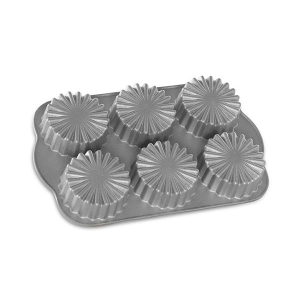 Nordic Ware Ruffled Medallion Dessert Mold