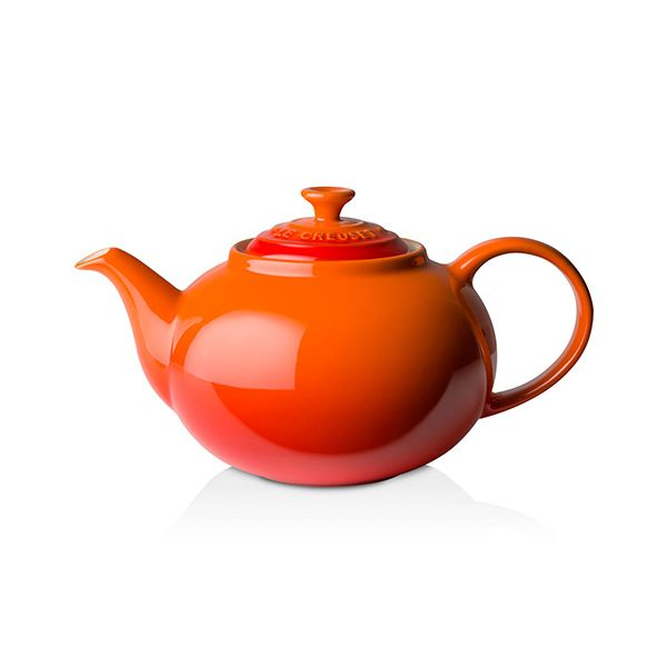Le Creuset Volcanic Stoneware Classic Teapot