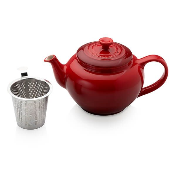 Le Creuset Cerise Petite Teapot with Stainless Steel Infuser