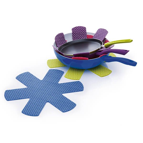 Colourworks Set of Four Non-Slip Pan Protectors