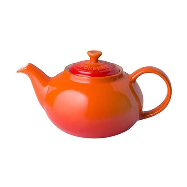Le Creuset Volcanic Stoneware Petite Classic Teapot