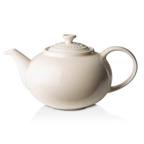 Le Creuset Almond Stoneware Classic Teapot