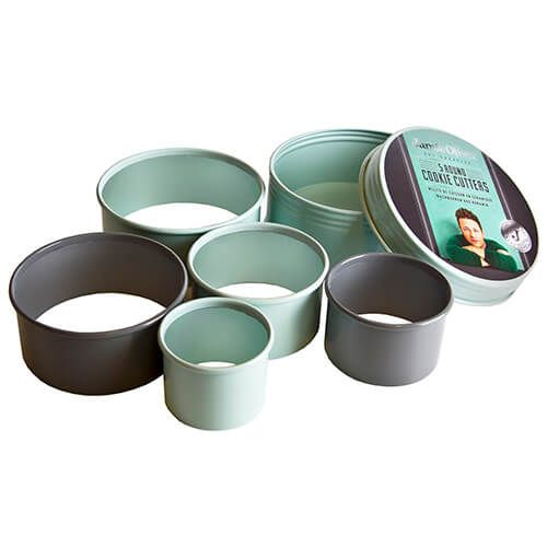 Jamie Oliver Set Of 5 Cookie Cutters In A Tin