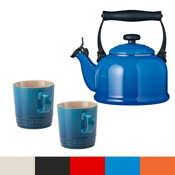 Le Creuset Blue Traditional Kettle and Mug Set