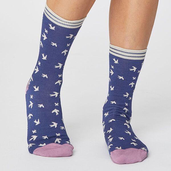 Thought Ocean Blue Swallow Bird Socks Size 4-7