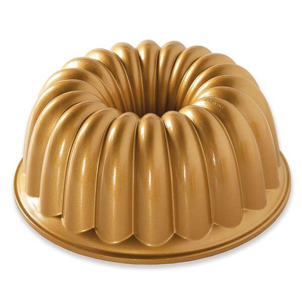 Nordic Ware Elegant Party Bundt Pan