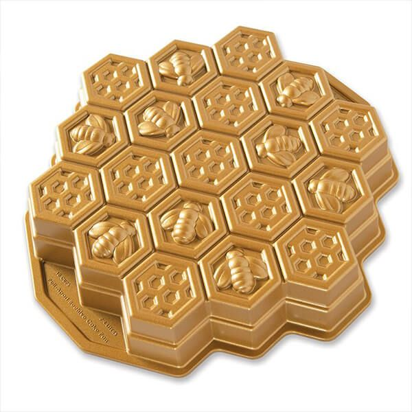 Nordic Ware Honeycomb Pull Apart Pan