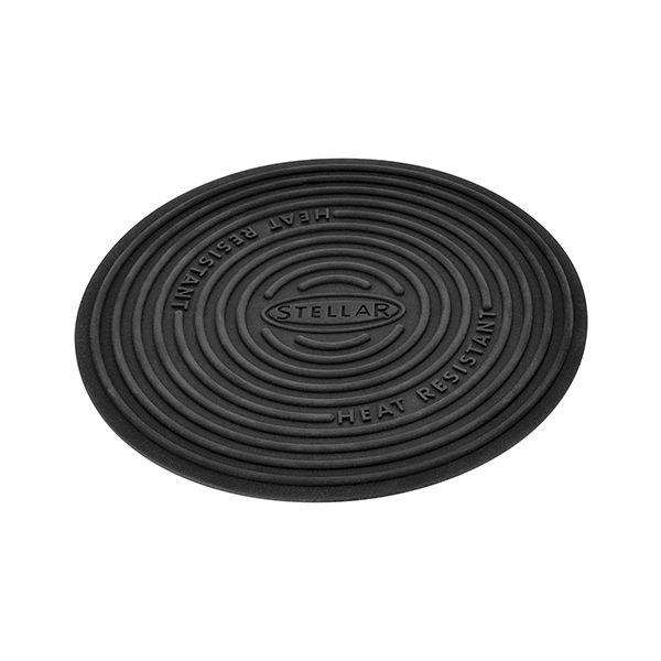 Stellar 19cm Non-Stick Pan & Kitchen Surface Protector