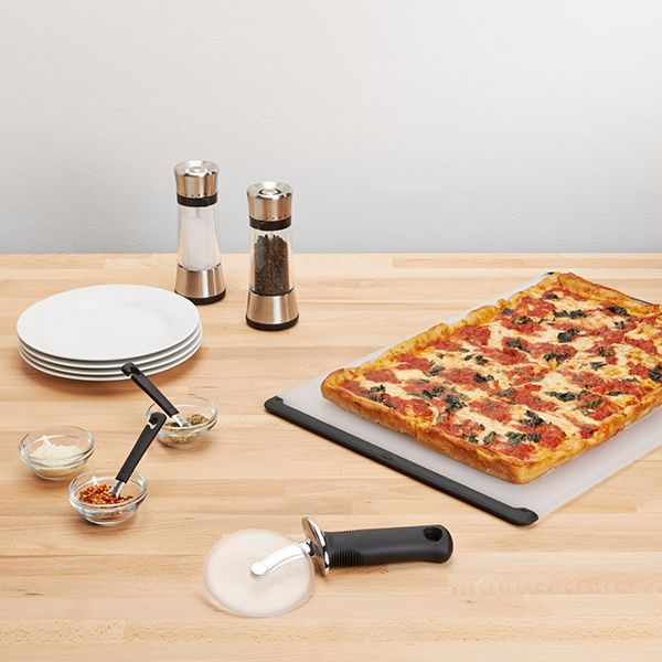 "OXO Good Grips 4"" Pizza Wheel for Non Stick Pans"
