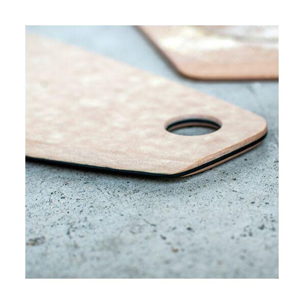 "Epicurean Signature Wood Composite 16"" Natural / Slate Pizza Cutter"