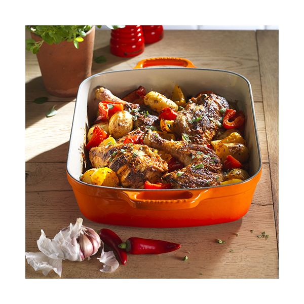 Le Creuset Signature Volcanic Cast Iron 33cm Rectangular Roaster