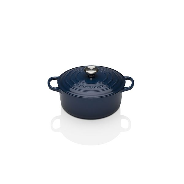 Le Creuset Signature Ink Cast Iron 20cm Round Casserole With FREE Gift