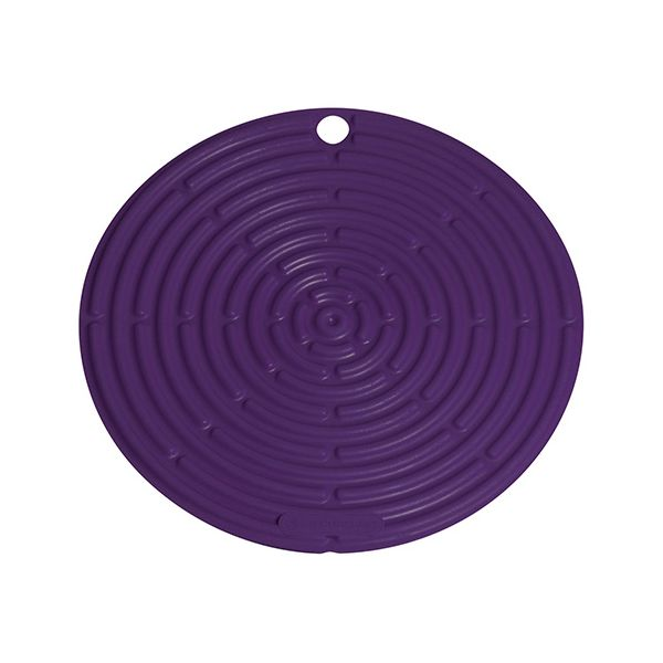 Le Creuset Cassis Round Cool Tool