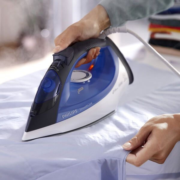 Philips Blue And White Steam Iron