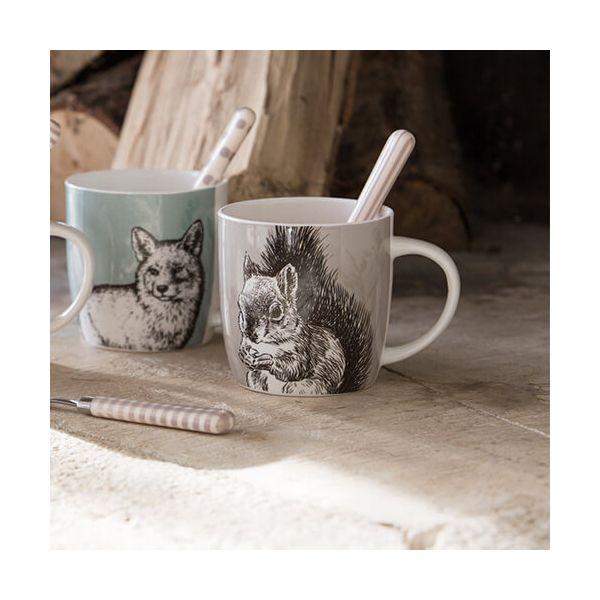 KitchenCraft China 425ml Barrel Shaped Mug, Squirrel