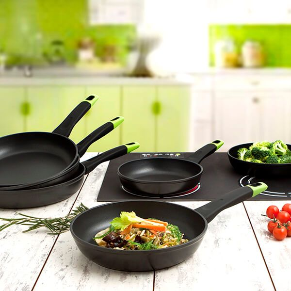 Pyrex Optima Induction 24cm Frying Pan