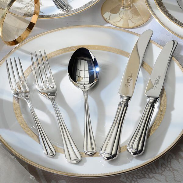 Arthur Price of England Sovereign Stainless Steel Royal Pearl 24 Piece Cutlery Box Set