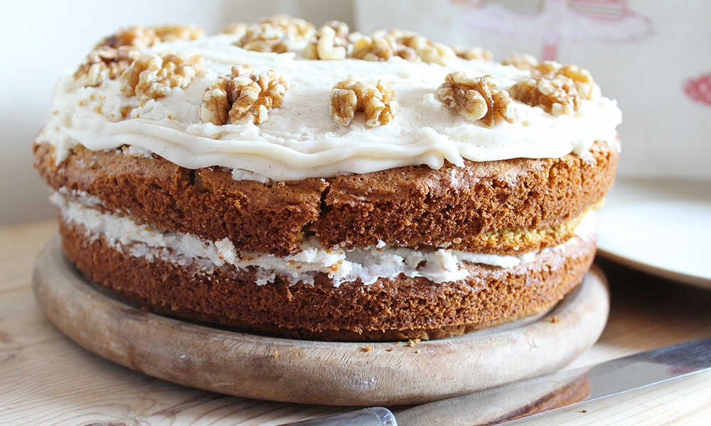 Classic Carrot Cake with Rosti Margrethe