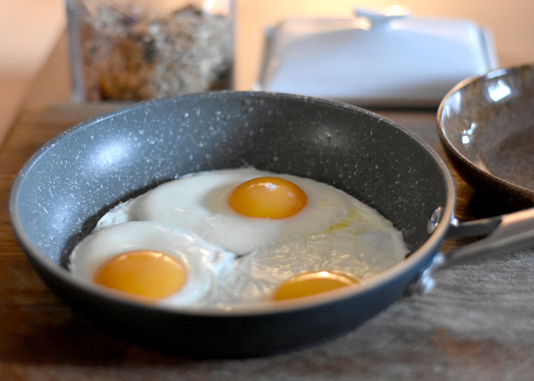fried-eggs-in-a-pan
