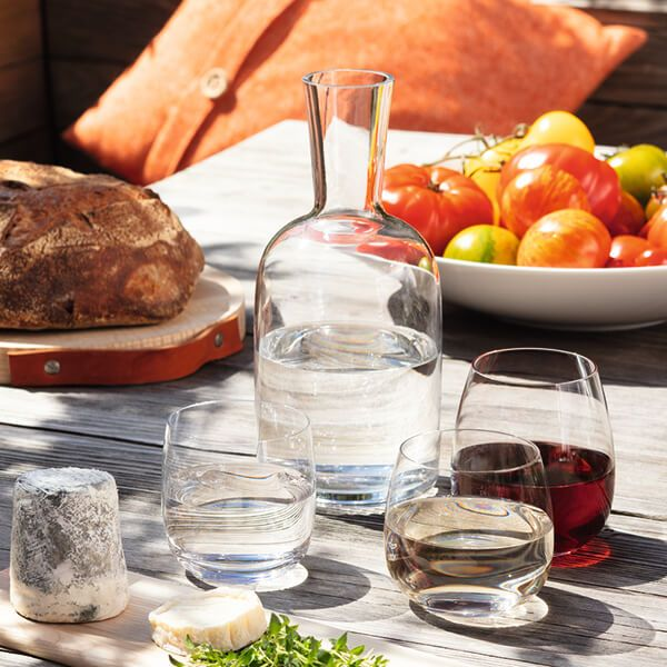 Decanters, Jugs & Pitchers