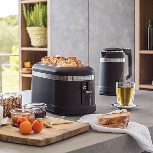 KitchenAid Design Kettle & Toaster Set