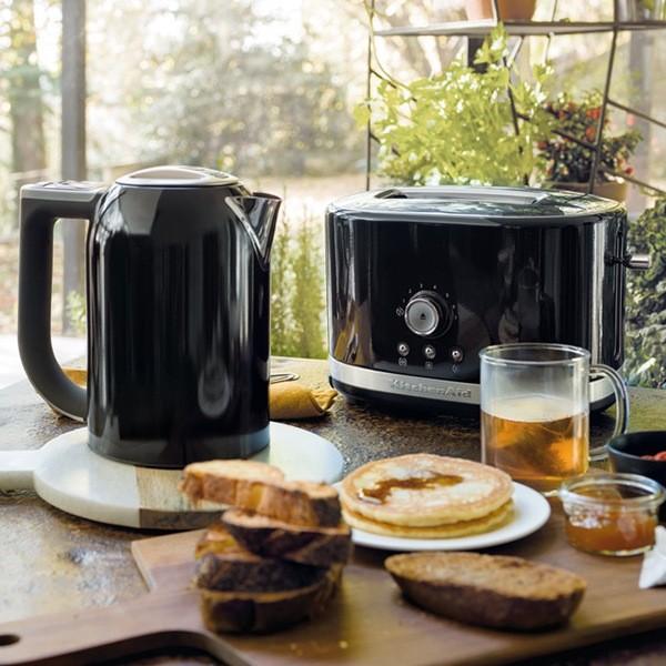 KitchenAid Manual Toaster & Kettle Set