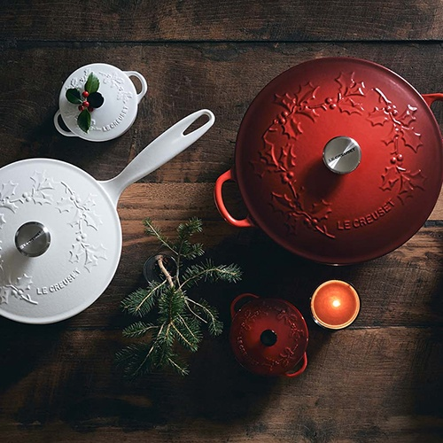 Le Creuset Holly Collection