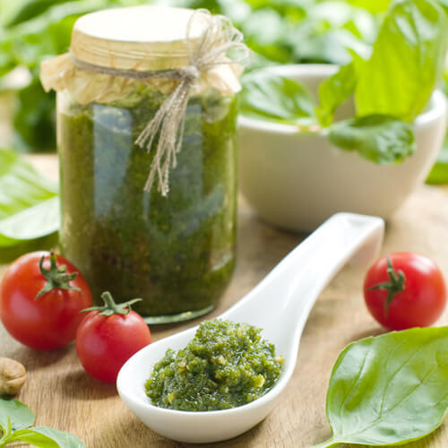 Make Pesto With The KitchenAid Queen of Hearts High Performance Blender