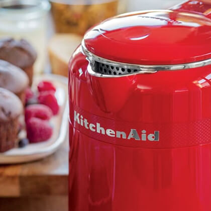 KitchenAid Queen Of Hearts Kettle Stainless Steel Interior