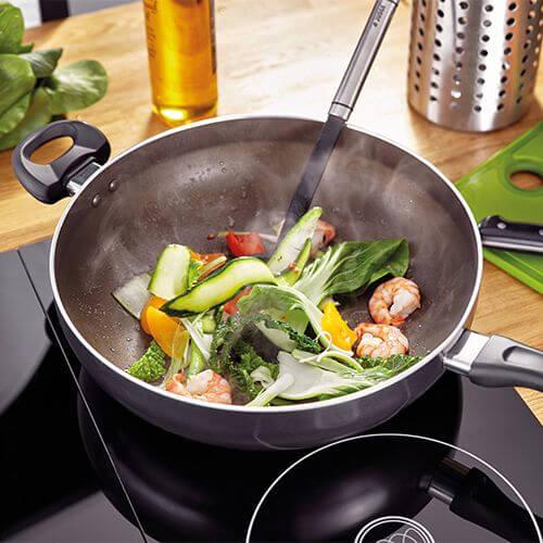 Woks, Stirfry & Chefs Pans